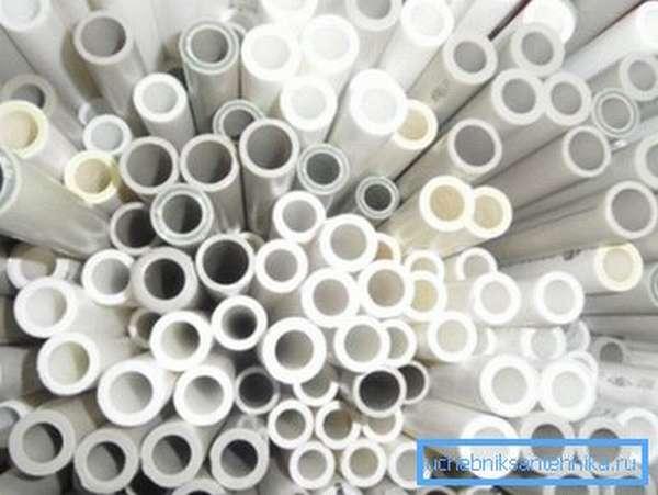 Ассортимент подходящих пластиковых труб