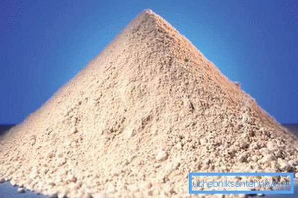 Белая глина – сырье для изготовления керамических унитазов
