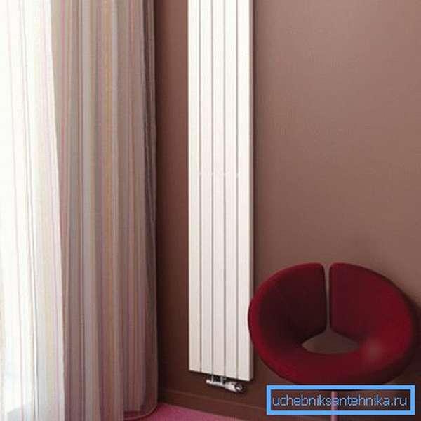 Биметаллический вертикальный радиатор
