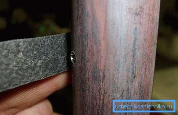 Блокировка течи с помощью резины