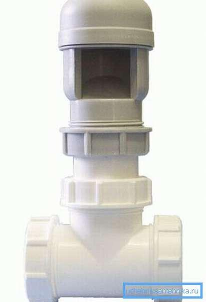 Большая часть устройств внешне схожа, отличаются клапаны лишь качеством изделий