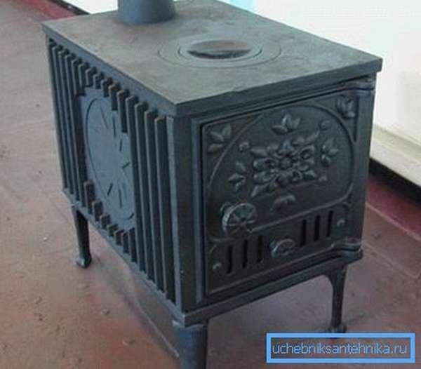 Чугунные изделия практически всегда имеют оригинальный внешний вид и различные элементы декора