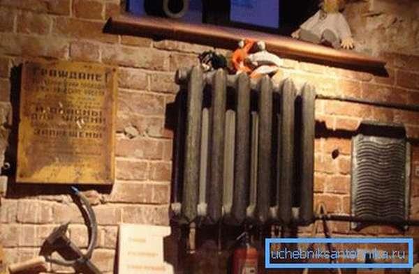 Даже очень старые чугунные радиаторы отопления способны продолжать исправно выполнять свою задачу
