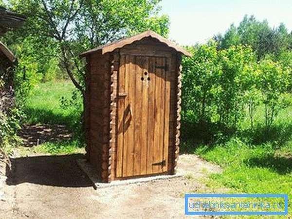 Туалет из досок