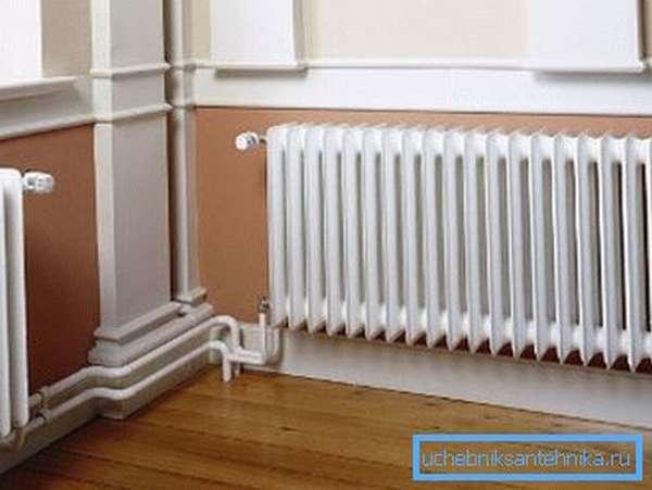 Для эффективной работы отопительной системы, нужно знать, сколько секций должен иметь радиатор в комнате.