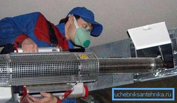 Для очистки может потребоваться специализированное оборудование, которое может потребовать наличие определенных навыков работы с ним