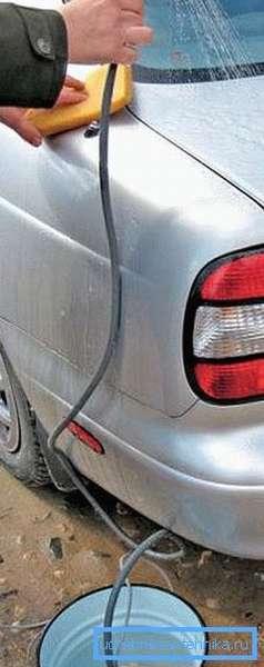 Душ можно использовать для мытья автомобиля