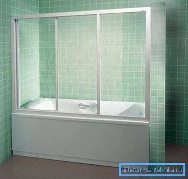 Душевая шторка на ванну из прозрачного пластика
