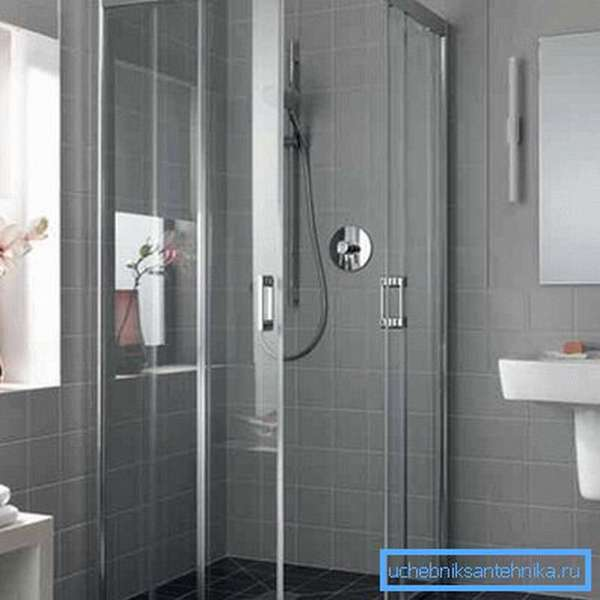 Душевой уголок 110х90 см с раздвижными дверями