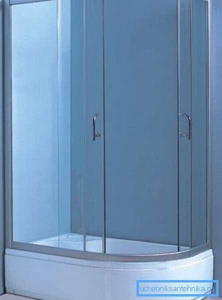 Душевые кабины 120х80 без крыши, обладающие высоким поддоном, могут использоваться в качестве детской ванны
