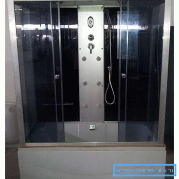 Душевые кабины с ванной 150х70 – компактное решение для помещений небольшой площади