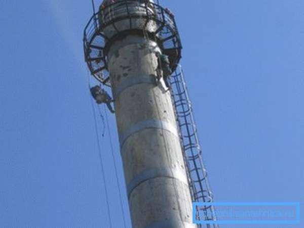 Дымовая бетонная труба