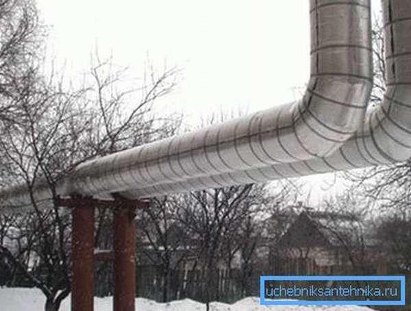 Эффективная теплоизоляция труб снижает затраты на обогрев квартир