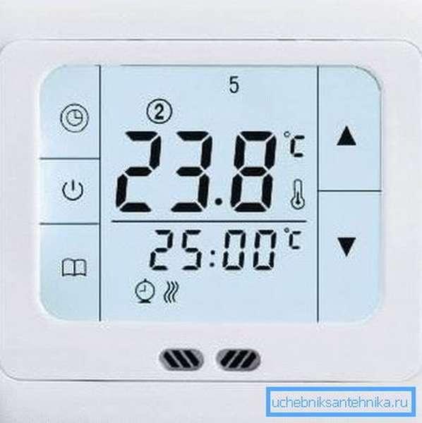 Электронная панель управления температурой в помещениях