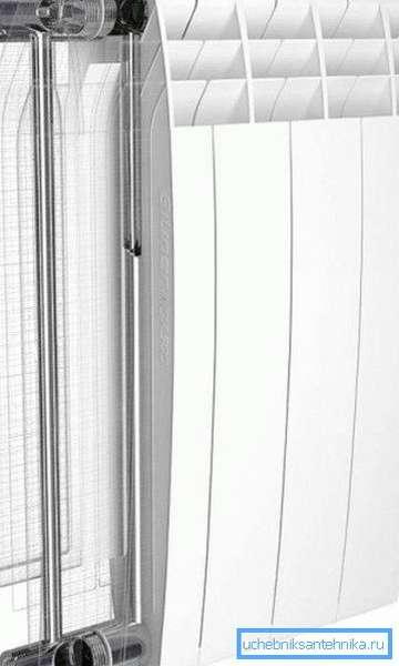Если вы выбираете радиаторы отопления - какие лучше для квартиры – производитель не так важен, как тип конструкции, выбирайте биметаллические изделия, вся продукция данной группы отличается надежностью