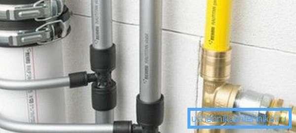 Фото инженерных сетей из полиэтиленовых труб