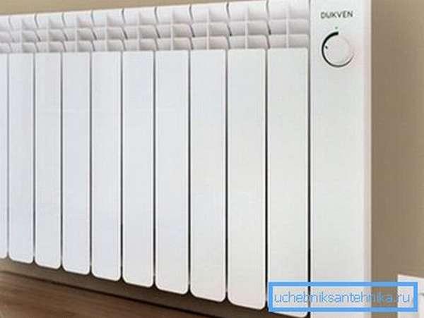 Фото настенного электрического радиатора