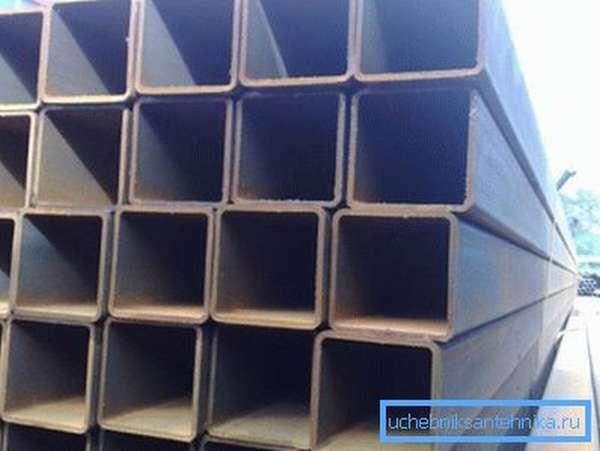Фото профилированных изделий из стали.