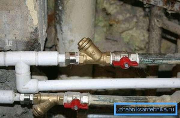 Фото шаровых кранов, установленных на водопроводе