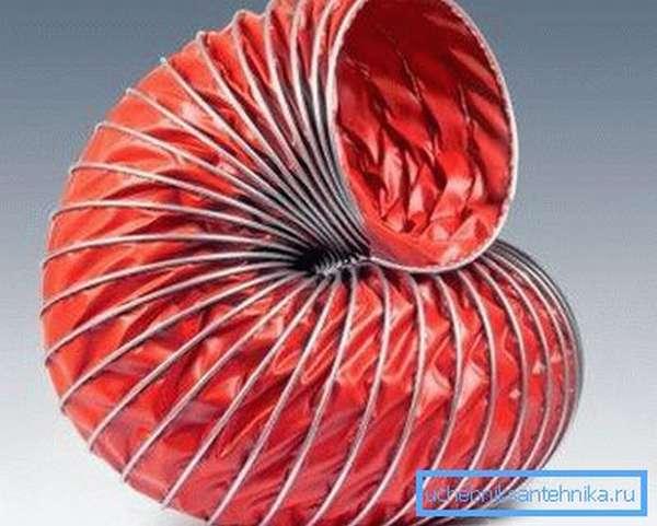 Гибкая полимерная труба для промышленной вытяжки