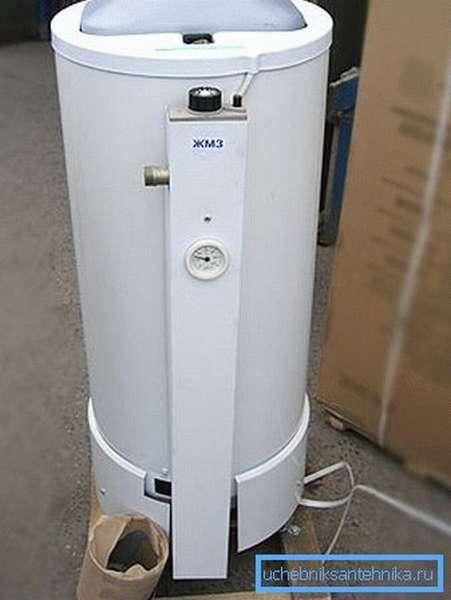 Готовый к установке газовый водонагреватель.