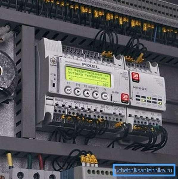 Инструкция требует от современной автоматики возможности отслеживать состояние системы и управлять ей в ручном режиме.