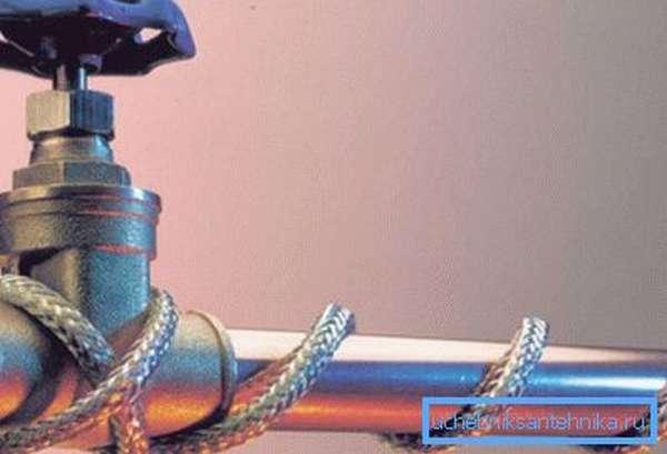 Использование нагревательного кабеля позволит навсегда забыть о вышеназванной проблеме