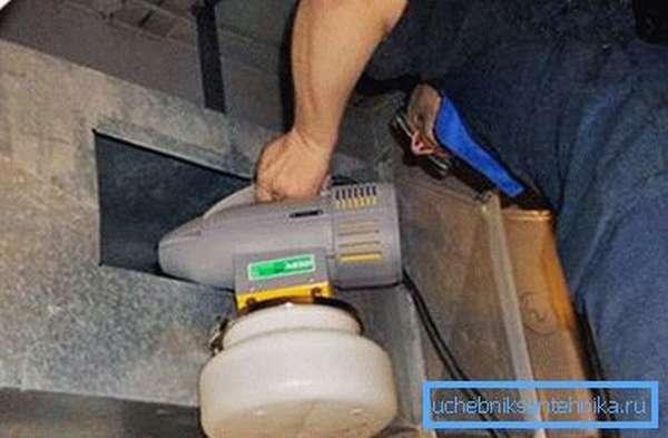 Использование пароочистителя вместо пылесоса