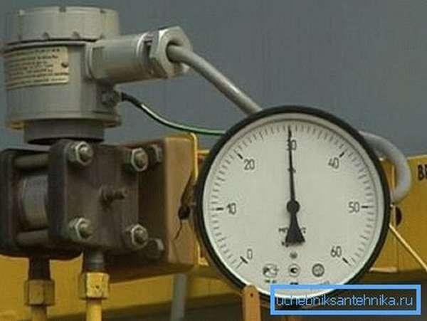 Измерение давления при проведении опрессовки