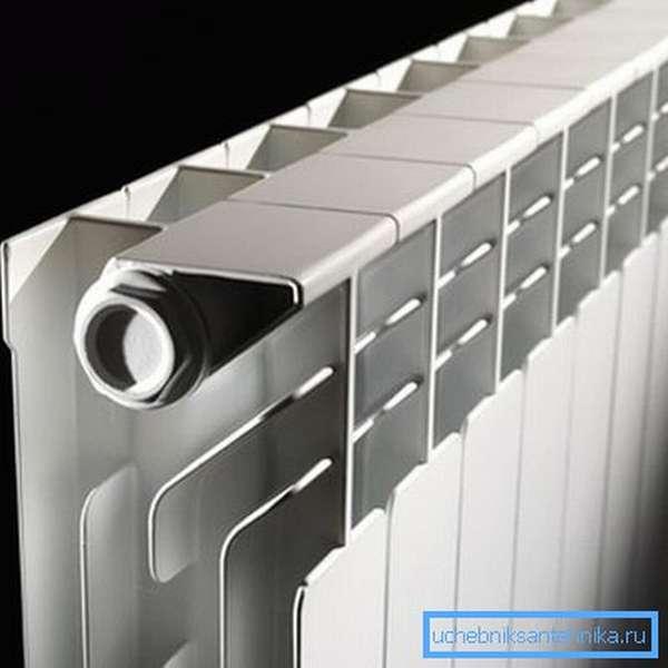 Известные производители не экономят на материале – литые элементы всегда массивные и прочные