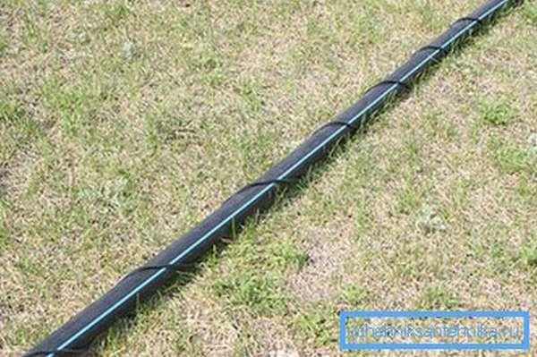 Как монтируется самогреющий кабель для водопровода наружного типа