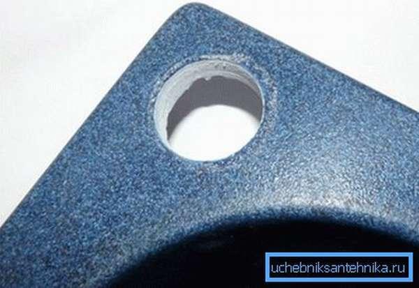 Как просверлить раковину из искусственного камня? Легко, главное приобрести качественную коронку