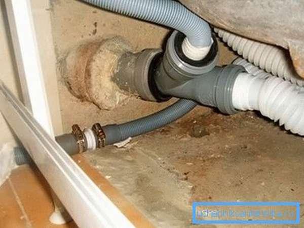 Как проводится подключение стиральной машины к канализации