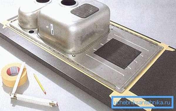 Как вырезать отверстие под мойку в столешнице благодаря шаблону