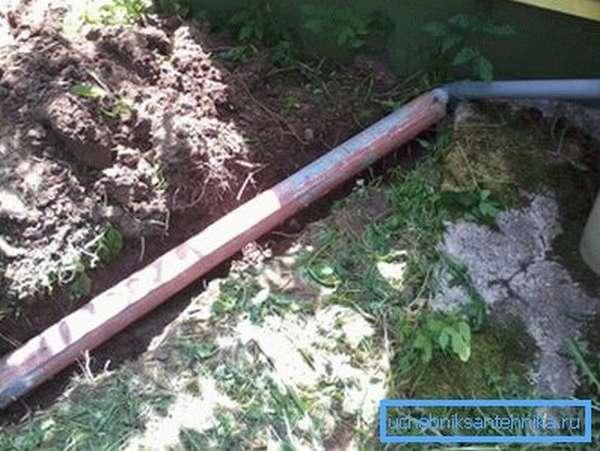 Канализационные трубы для выгребной ямы