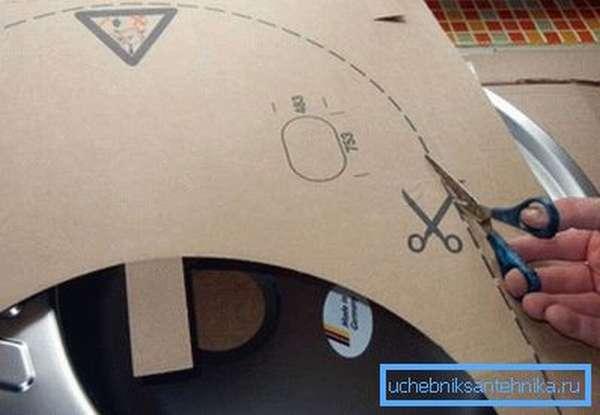 Картонный шаблон для нанесения разметки на столешницу