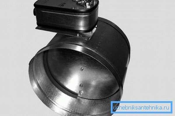 Клапан обратный с электроприводом – для вентиляции естественного типа это может быть единственным возможным вариантом