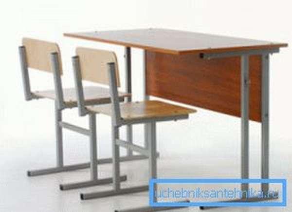 Классическая школьная парта и стулья