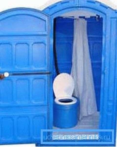 Комбинированное сооружение «душ-туалет».