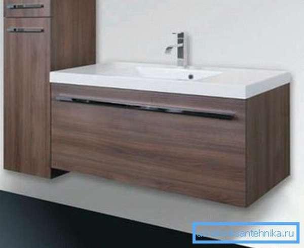 Лаконичная мебель для ванной, которая впишется в интерьер большинства санузлов