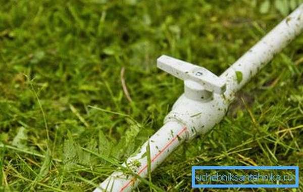 Летний дачный водопровод из пластиковых труб