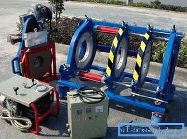 Любительское фото оборудования, которое используют при пайке материала встык