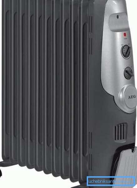 Масляный радиатор на 9 секций AEG RA 5522