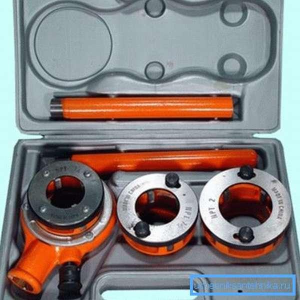 Модель KTT-1 4-1-1 2 2 с трещоткой