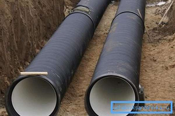 Монтаж чугунного водопровода