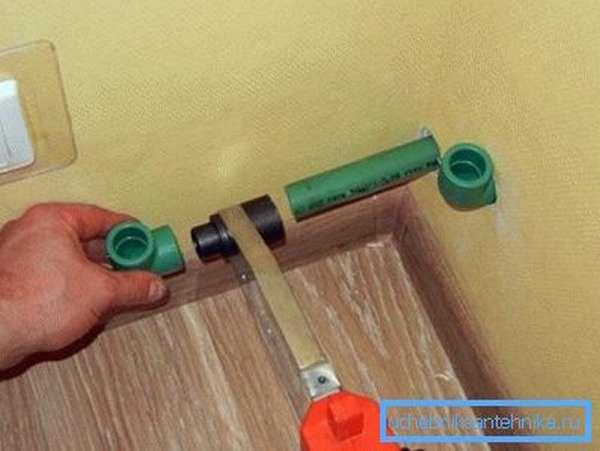 Монтаж полипропиленового водопровода.