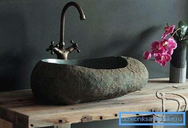 Мраморные мойки для кухни и ванной являются настоящим произведением искусства