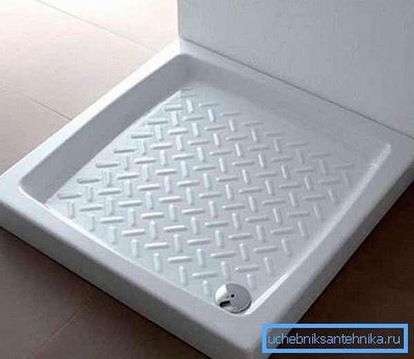 На фото изделие из керамики с противоскользящим протектором