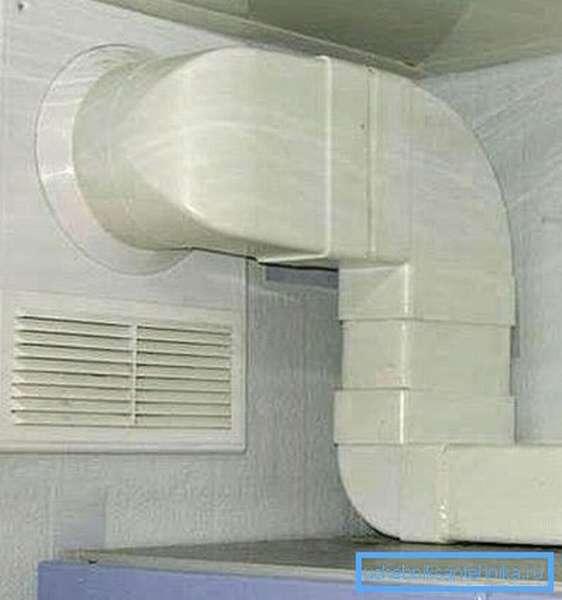 На фото - пластиковая вентиляция в сборе