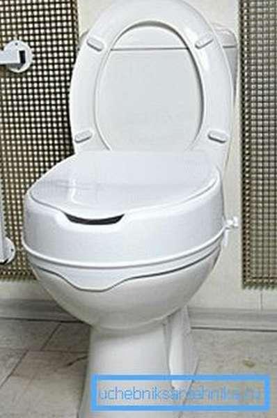 На фото: подставки позволяют изменить высоту, конфигурацию сиденья, что значительно повышает удобство использования для некоторых людей